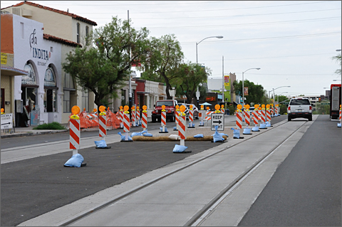 Photo essay - streetcar construction and road design not bicycle-friendly in Tucson, Arizona
